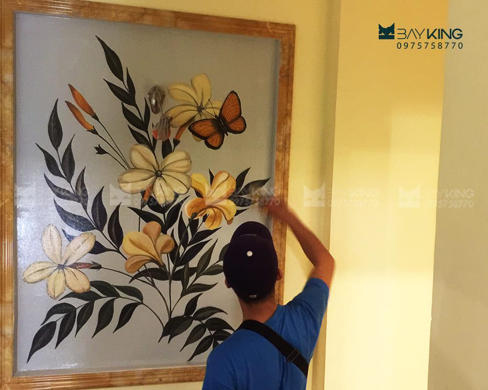 vẽ tường phòng khách